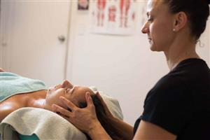 Reiki- 30 minute  at Time to Unwind Natural Therapies Clinic